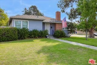 Photo of 2752 Malcolm Avenue, Los Angeles, CA 90064 (MLS # 20617636)