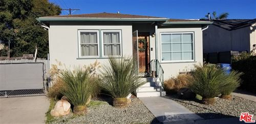 Photo of 3814 Lyceum Avenue, Los Angeles, CA 90066 (MLS # 21711636)