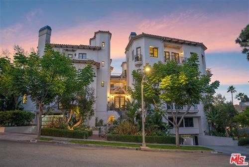 Photo of 558 Hillgreen Drive #207, Beverly Hills, CA 90212 (MLS # 21770636)