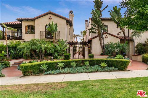 Photo of 908 17th Street #8, Santa Monica, CA 90403 (MLS # 21795636)