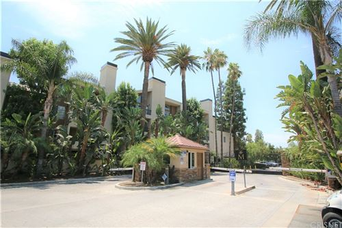 Photo of 5535 Canoga Ave. #208, Woodland Hills, CA 91367 (MLS # SR21166636)