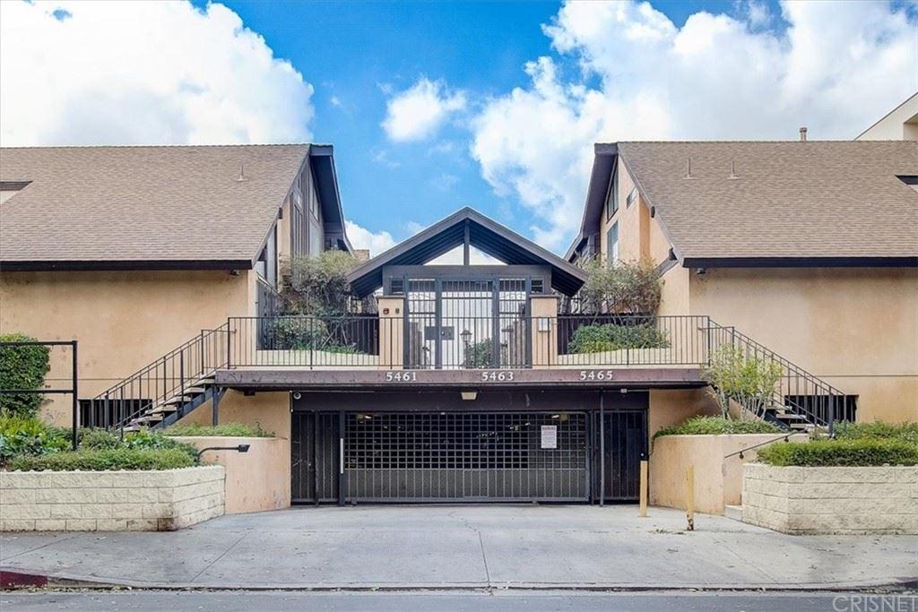 Photo of 5461 Newcastle Avenue #18, Encino, CA 91316 (MLS # SR21227636)