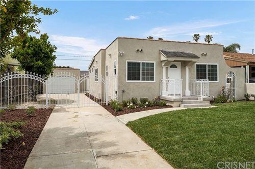 Photo of 2119 S Curson Avenue, Los Angeles, CA 90016 (MLS # SR21086637)