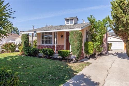 Photo of 906 N Pass Avenue, Burbank, CA 91505 (MLS # SR21092637)