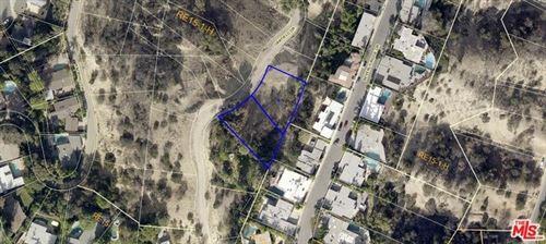 Tiny photo for 3588 N Oakfield Drive, Sherman Oaks, CA 91423 (MLS # 19421638)