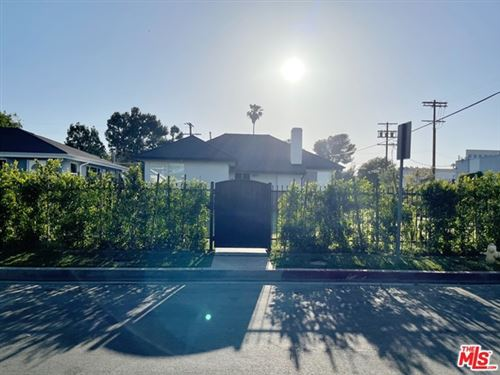 Photo of 5855 Burnet Avenue, Sherman Oaks, CA 91411 (MLS # 21729638)
