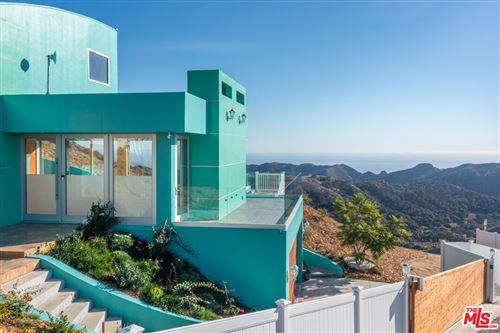 Photo of 940 Latigo Canyon Road, Malibu, CA 90265 (MLS # 21780638)
