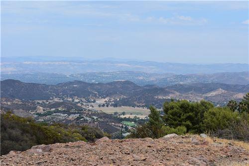 Photo of 14613 Yerba Buena Rd, Malibu, CA 90265 (MLS # SR21177638)