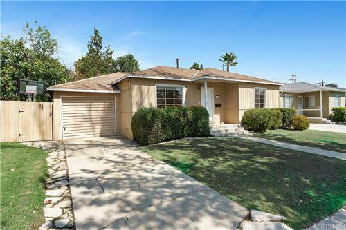 Photo of 17515 Martha Street, Encino, CA 91316 (MLS # SR21207638)