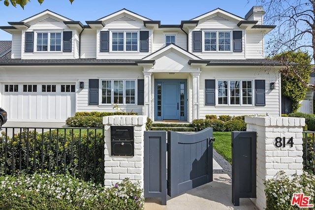 Photo of 814 Toyopa Drive, Pacific Palisades, CA 90272 (MLS # 21693638)
