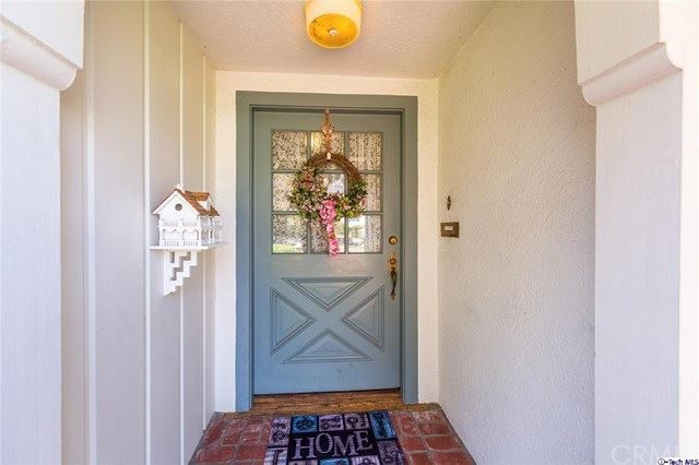 Photo of 864 W Kenneth Road, Glendale, CA 91202 (MLS # 320004638)