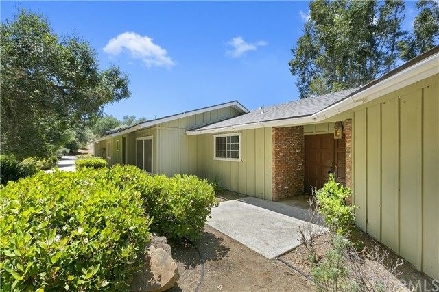 711 Stone Post Road, Fallbrook, CA 92028 - MLS#: SW20102638