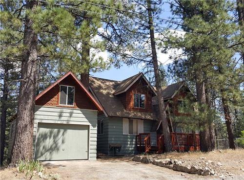 Photo of 518 Woodside Drive, Big Bear, CA 92314 (MLS # OC20153639)