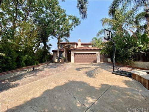 Photo of 17179 Kingsbury Street, Granada Hills, CA 91344 (MLS # SR20197639)