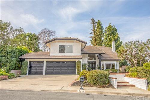 Photo of 3497 Avenida Ladera, Thousand Oaks, CA 91362 (MLS # SR21003639)