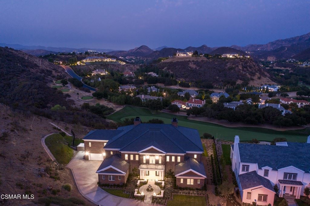 Photo of 2530 Munnings Way, Thousand Oaks, CA 91361 (MLS # 219014639)