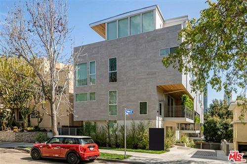 Photo of 10417 Pandora Court, Los Angeles, CA 90025 (MLS # 21753640)