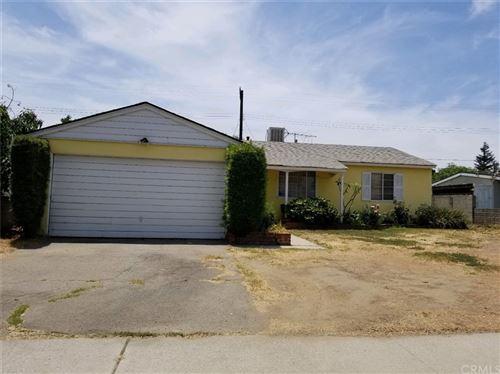 Photo of 7799 Peachtree Avenue, Panorama City, CA 91402 (MLS # SB21162640)