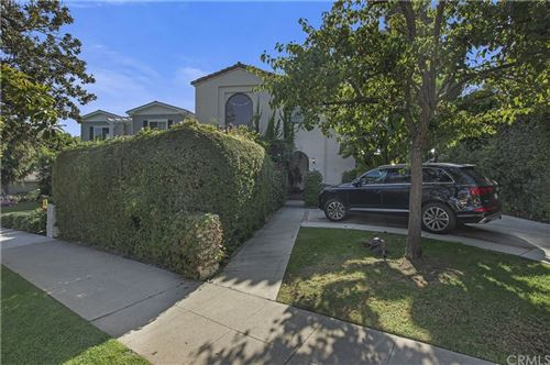 Photo of 123 S Bowling Green Way, Los Angeles, CA 90049 (MLS # SB21188640)