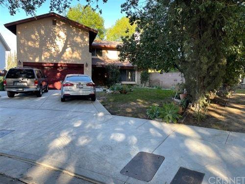Photo of 22829 Hartland Street, West Hills, CA 91307 (MLS # SR21034640)