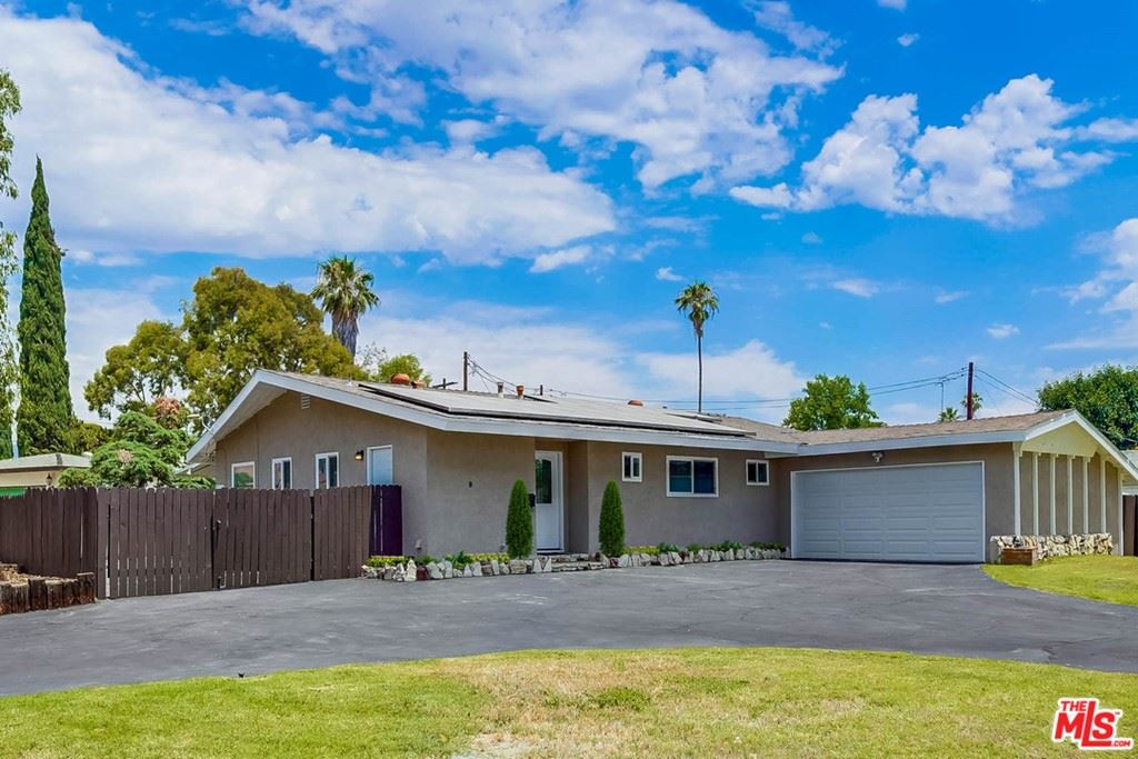 Photo of 16453 Los Alimos Street, Granada Hills, CA 91344 (MLS # 21758640)