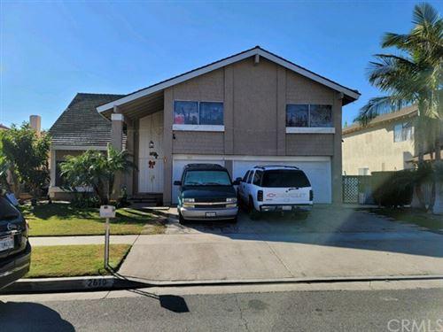 Photo of 2610 W Hall Avenue, Santa Ana, CA 92704 (MLS # PW21033641)
