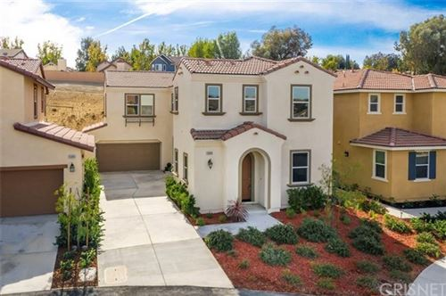 Photo of 26809 Trestles Drive, Canyon Country, CA 91351 (MLS # SR20245641)