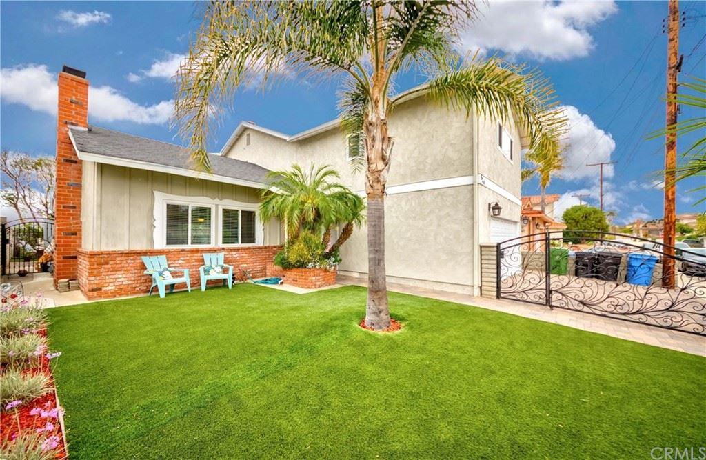 924 W Basin Street, San Pedro, CA 90731 - MLS#: SB21143641
