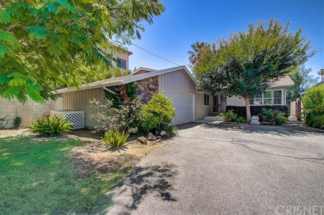 Photo of 5627 Greenbush Avenue, Valley Glen, CA 91401 (MLS # SR21111641)