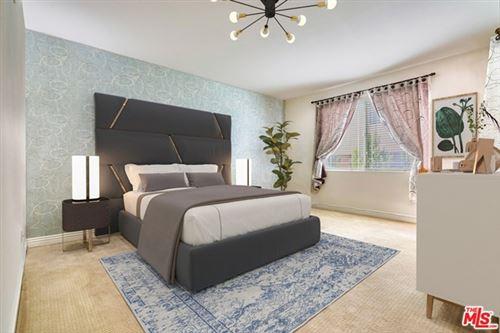 Photo of 5132 Maplewood Avenue #207, Los Angeles, CA 90004 (MLS # 21702642)