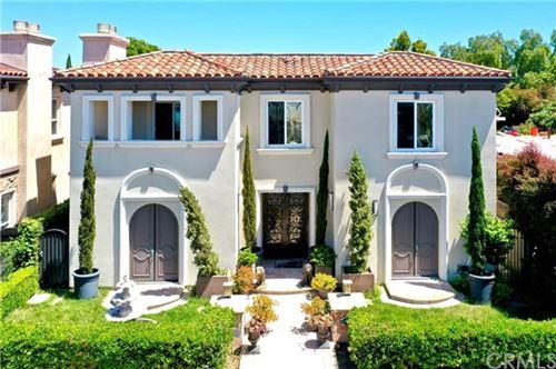 Photo of 508 WESTMINSTER Avenue, Newport Beach, CA 92663 (MLS # OC20237643)