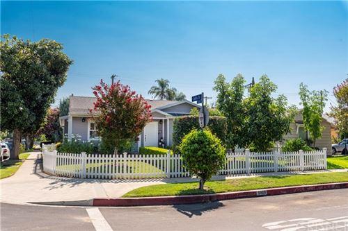 Photo of 5860 Buffalo Avenue, Valley Glen, CA 91401 (MLS # SR20178643)
