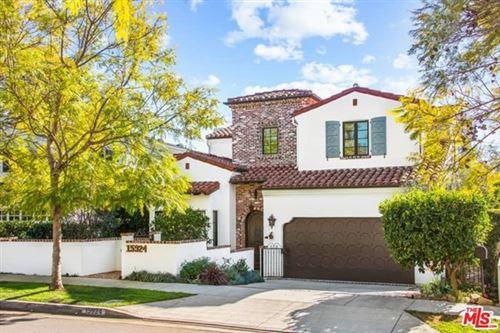 Photo of 15924 Northfield Street, Pacific Palisades, CA 90272 (MLS # 21695644)