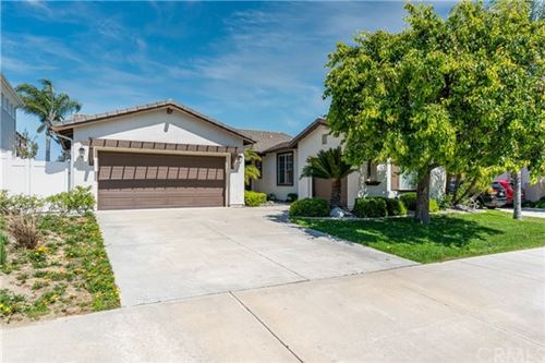 Photo of 37728 Oxford Drive, Murrieta, CA 92562 (MLS # CV21088644)
