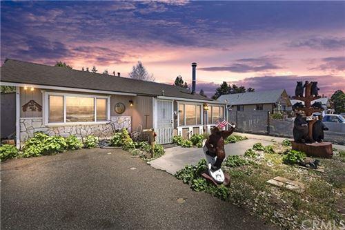 Photo of 1037 W Mountain View Boulevard, Big Bear, CA 92314 (MLS # EV21102644)