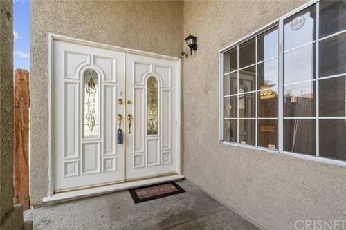 Photo of 15732 Vintage Street, Granada Hills, CA 91343 (MLS # SR21078644)