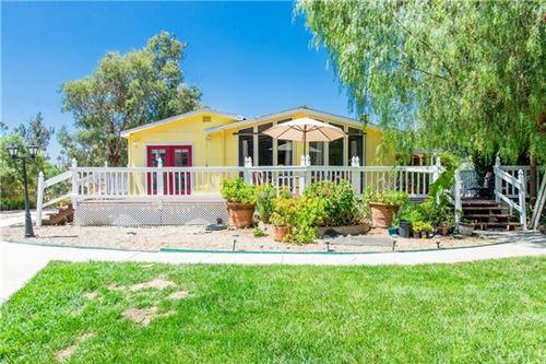Photo of 41350 Los Amantes Road, Temecula, CA 92592 (MLS # SW20120644)