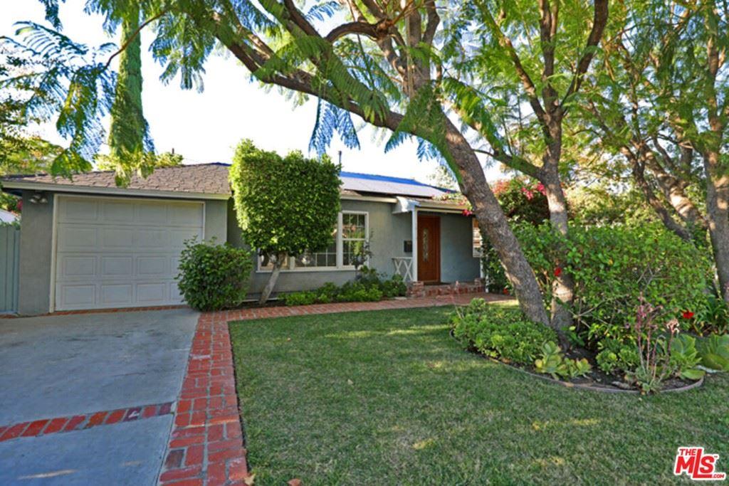 Photo of 18117 Tarzana Street, Tarzana, CA 91356 (MLS # 21786644)