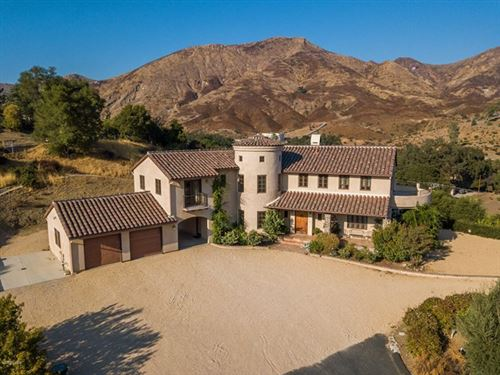 Photo of 3061 Triunfo Canyon Road, Agoura Hills, CA 91301 (MLS # 220010645)