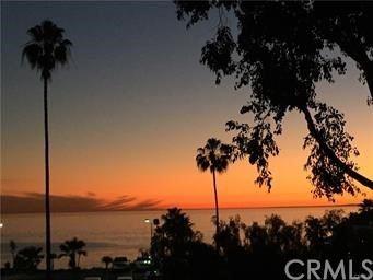 Photo of 280 Cliff Drive #5, Laguna Beach, CA 92651 (MLS # LG21192645)