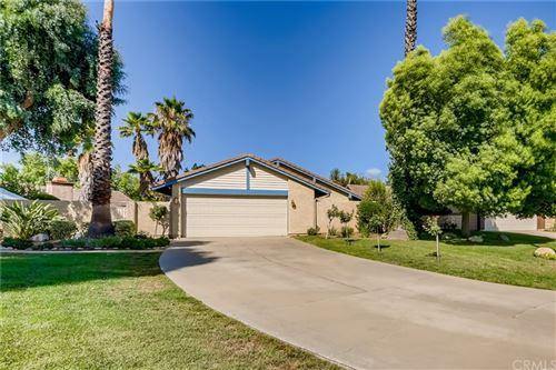 Photo of 25626 Alesna Drive, Valencia, CA 91355 (MLS # TR21162645)