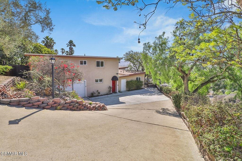 Photo of 375 W Highland Drive, Camarillo, CA 93010 (MLS # 221005645)