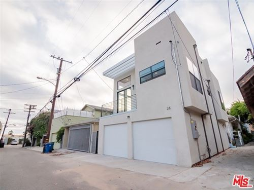 Photo of 28 1/2 Ozone Ave, Venice, CA 90291 (MLS # 19526646)