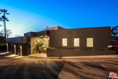 Photo of 3865 Buena Park Drive, Studio City, CA 91604 (MLS # 20673646)