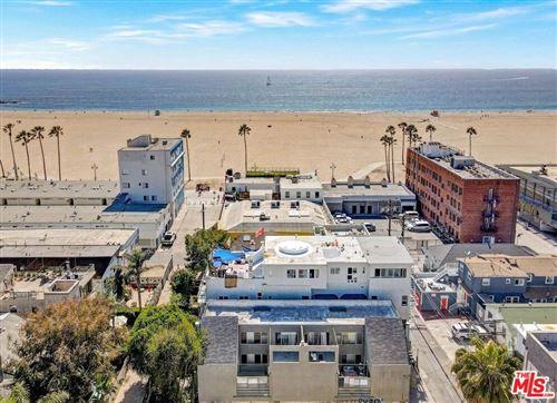 Photo of 21 Wavecrest Avenue, Venice, CA 90291 (MLS # 21787646)