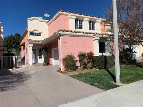 Photo of 25817 Browning Place, Stevenson Ranch, CA 91381 (MLS # SR20023646)