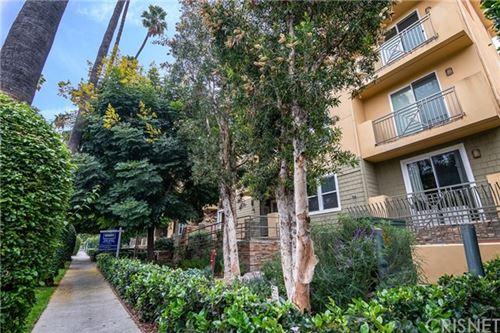Photo of 6038 Carlton Way #103, Los Angeles, CA 90028 (MLS # SR20213646)