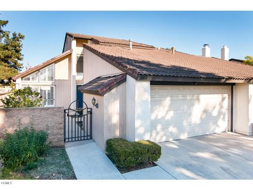 Photo of 984 Green Bay Court, Ventura, CA 93004 (MLS # V1-2647)