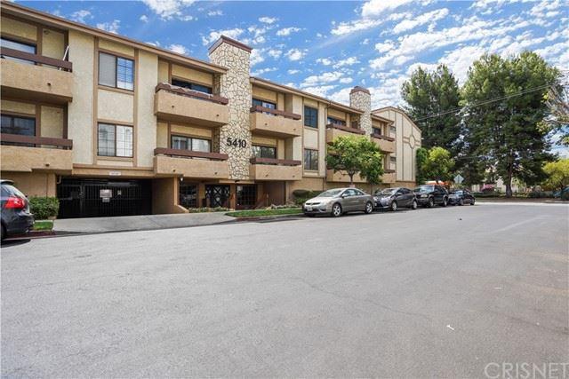 Photo of 12355 Chandler Boulevard #108, Valley Village, CA 91607 (MLS # SR21124647)