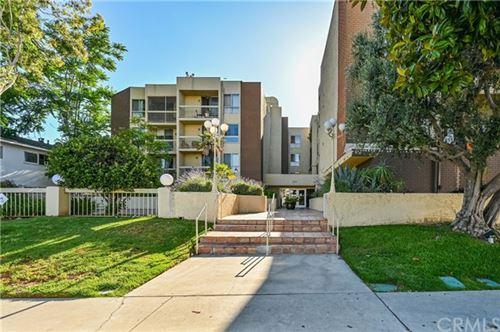 Photo of 5143 Bakman Avenue #416, North Hollywood, CA 91601 (MLS # BB20124648)